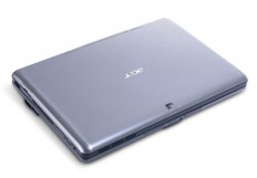 Acer Iconia Tab W500-BZ467 back 2