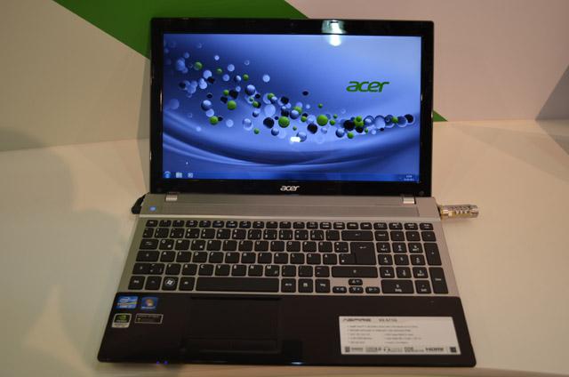 V3-571-9831 Acer Aspire Laptop