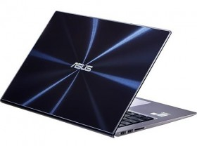 Asus UX302LA-BHI5T08 Back View