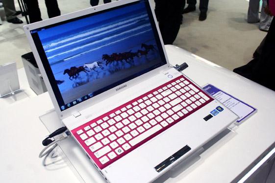 Samsung NP300V5A-A09US
